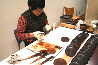 奈良発!若き塗師が手掛ける「Urushi」の世界_5