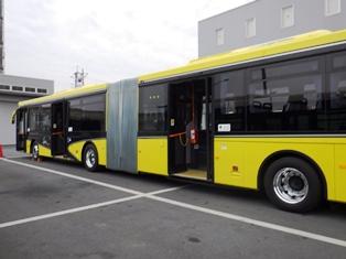 2両連接バス「華連」に体験乗車できました_9