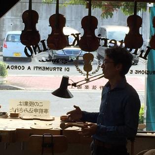身近にあったバイオリンの工房_4