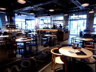 外国人にも愛されるカフェのヒミツ_3