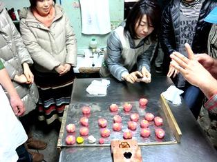とらやにて 和菓子をつくる 冬の午後_11