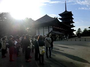 暫くの見納め?!早朝の興福寺で仏さまに会う_7