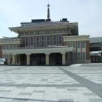 ひとまちの街 JR奈良駅前広場