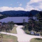 ひとまちの街 奈良県新公会堂