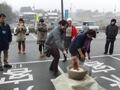 ひとまちレポート お餅つきで日本の伝統文化を体感_15