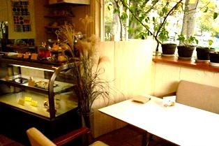 カフェを越えた空間_6
