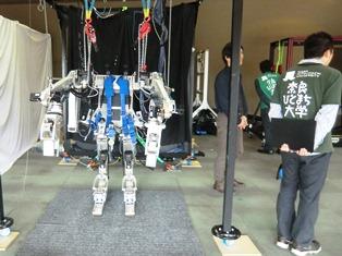 僕らをサポートするロボット装着!授業レポート_1