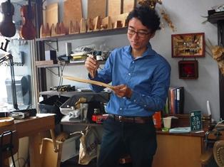 職人の魂伝わるー奈良で唯一の弦楽器工房_2