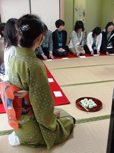 ひとまちレポート 奈良の街中にあった!「まんじゅう発祥の地」6